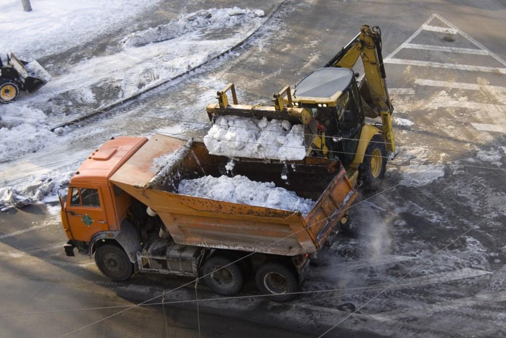 Этапы уборки и вывоза снега с территории